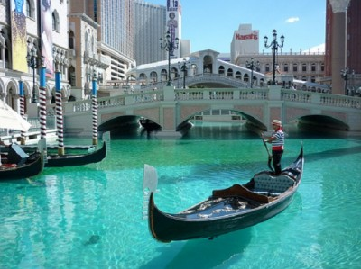 The Gondola Ride at the Venetian Hotel | Martijn Nijenhuis