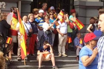 Citizens at the Coronation of King Felipe