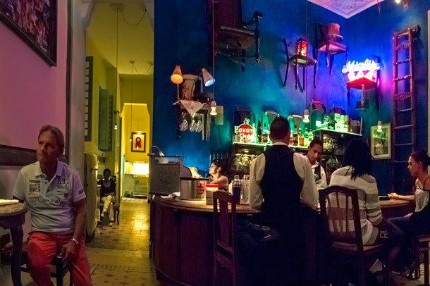 CasaMiglisRestauranteGrandeAjustado